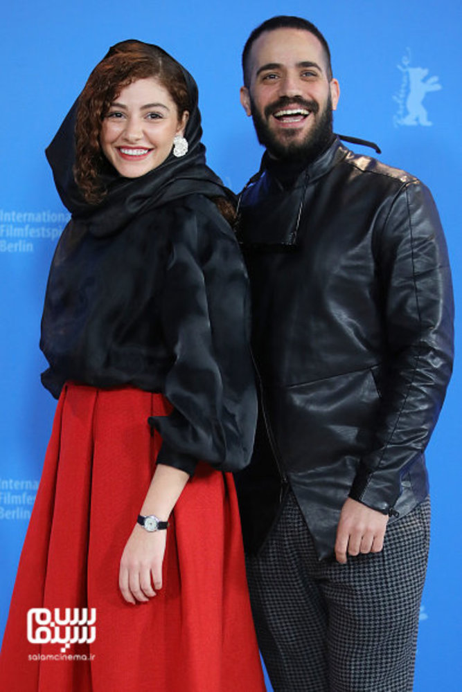 محمد ولی زادگان و مهتاب ثروتی در فتوکال «شیطان وجود ندارد» در جشنواره برلین 2020