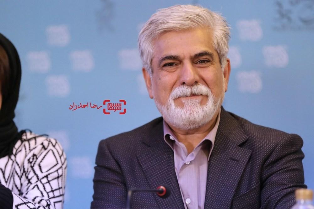 حسین پاکدل در نشست خبری «پشت دیوار سکوت» در سی و پنجمین جشنواره فیلم فجر