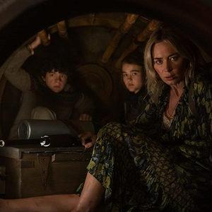 امیلی بلانت، نواه جوپ و میلیسنت سیموندز در فیلم سینمایی «یک مکان ساکت 2» (A Quite Place 2)