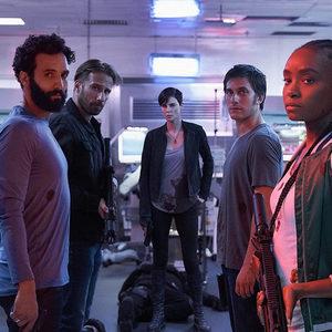 شارلیز ترون، کیکی لین، مروان کنزاری و ماتیاس اسخونارتس در فیلم «نگهبانانی از دیرباز» (The Old Guard)