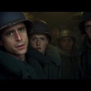 تام بریتنی در فیلم «سگ تازی» (Greyhound)