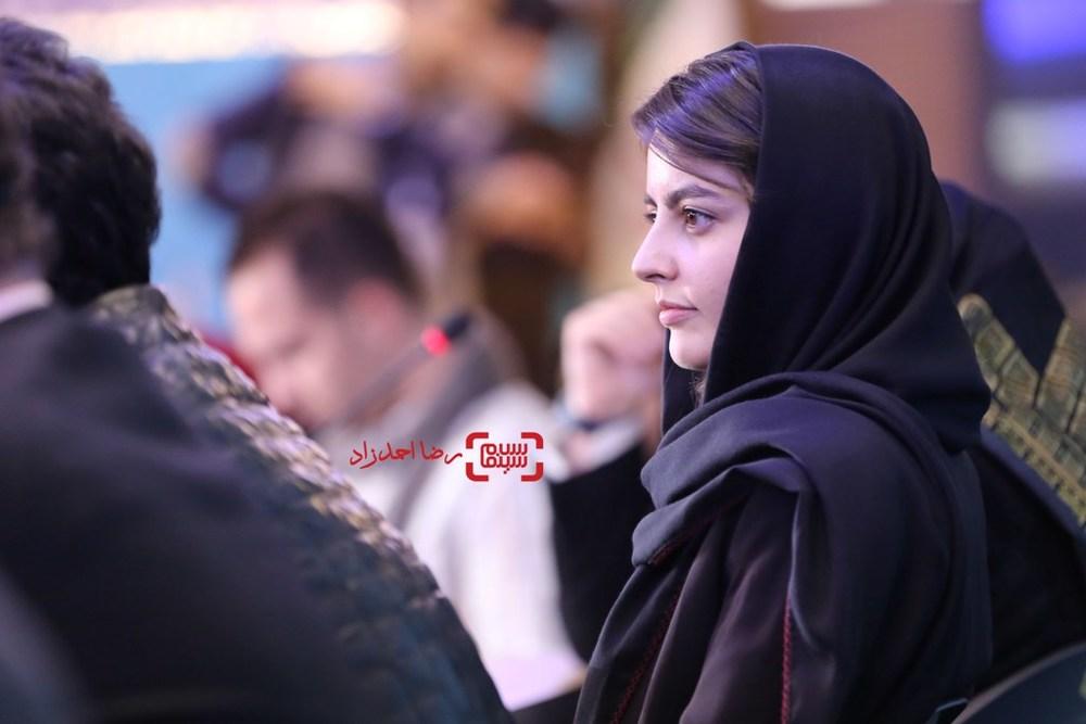 افسانه کمالی در نشست خبری فیلم «یک روز بخصوص» در سی و پنجمین جشنواره فیلم فجر
