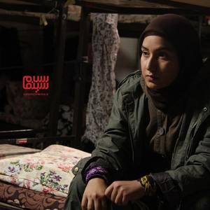 مینا دلشاد در نمایی از سریال «گمشدگان»