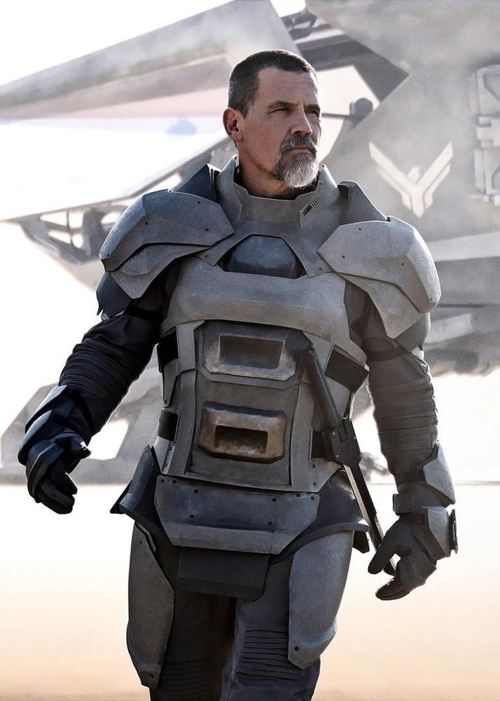 جاش برولین در فیلم «تل ماسه» (Dune)