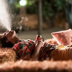 اندی سمبرگ در فیلم «پالم اسپرینگز» (Palm Springs)