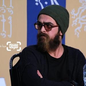 میرسعید مولویان در نشست خبری فیلم سینمایی «تومان» در سی و هشتمین جشنواره فیلم فجر