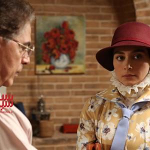دیبا زاهدی در سریال «بوم و بانو»