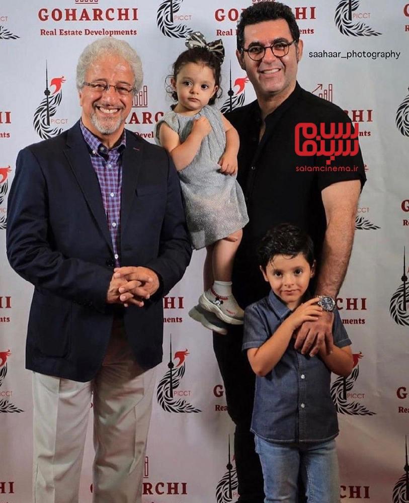 علیرضا خمسه، مصطفی کیایی و فرزندانش در اکران فیلم «مطرب» در جشنواره فیلم تورنتو