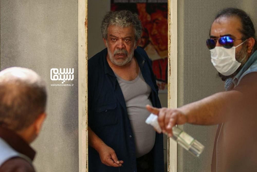 حسن پورشیرازی و برزو نیک نژاد در پشت صحنه سریال «باخانمان»