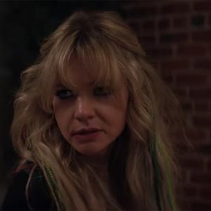 کری مولیگان در نمایی از فیلم سینمایی «نوید زن جوان» (Promising Young Woman)