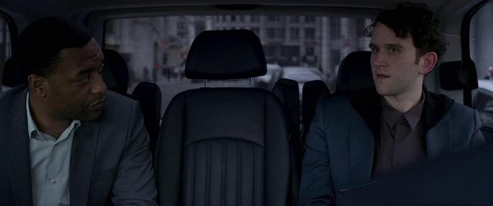 هری ملینگ و چویتل اجیوفور در فیلم «نگهبانانی از دیرباز» (The Old Guard)