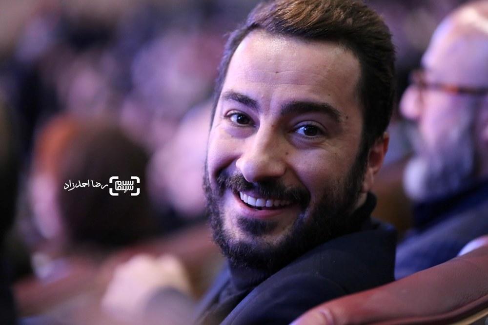 نوید محمدزاده برنده سیمرغ بلورین بهترین بازیگر مکمل مرد برای «بدون تاریخ، بدون امضا» در اختتامیه جشنواره فیلم فجر35