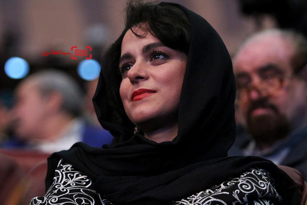 غزل شاکری نامزد سیمرغ بلورین بهترین بازیگر زن برای «سارا و آیدا» در اختتامیه سی و پنجمین جشنواره فیلم فجر