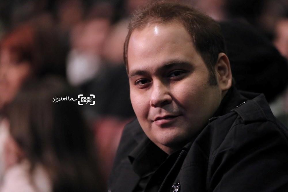 رضا داوودنژاد در اختتامیه سی و پنجمین جشنواره فیلم فجر