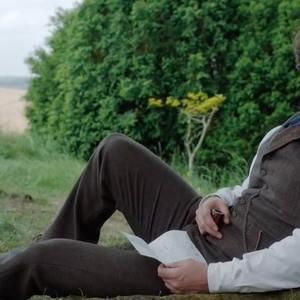 هنری کویل در فیلم «انولا هولمز» (Enola Holmes)