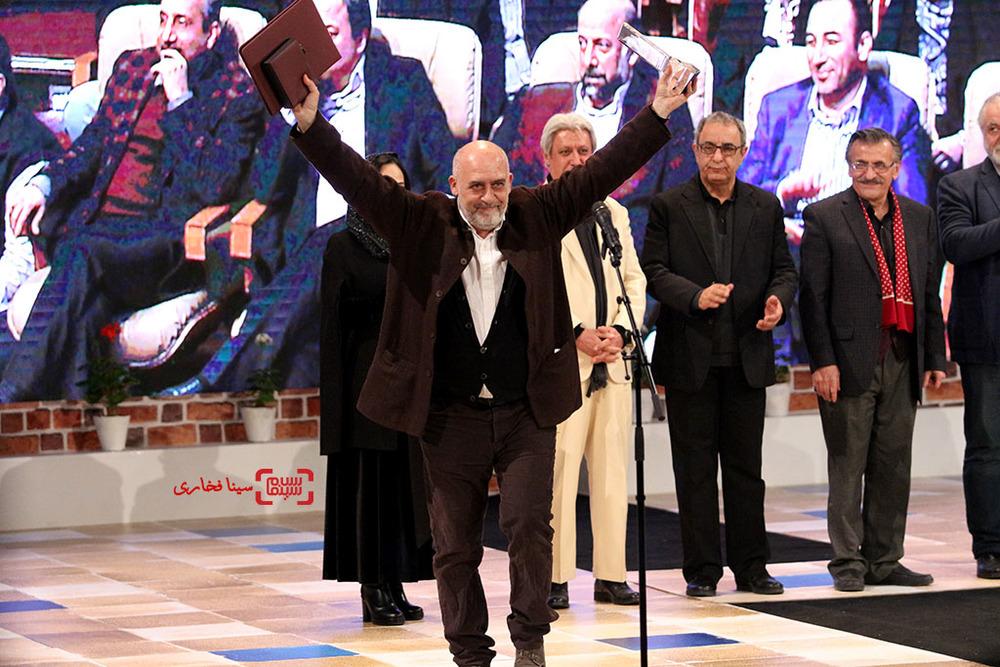 کریستف رضاعی برنده سیمرغ بلورین بهترین موسیقی برای «نگار» در اختتامیه سی و پنجمین جشنواره فیلم فجر