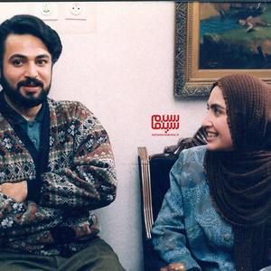 حسن جوهرچی و نیلوفر محمودی در فیلم سینمایی «روزی که خواستگار آمد»