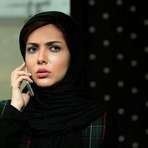 لیلا اوتادی در «افسونگر»