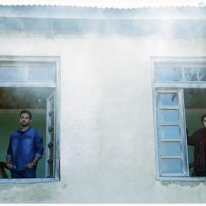 غزل شاکری و حامد کمیلی در فیلم «سازهای ناکوک»