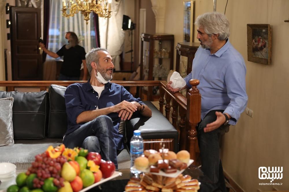 سعید ابوطالب و امیرمهدی ژوله در پشت صحنه شب اول «شام ایرانی» به میزبانی محمدرضا علیمردانی