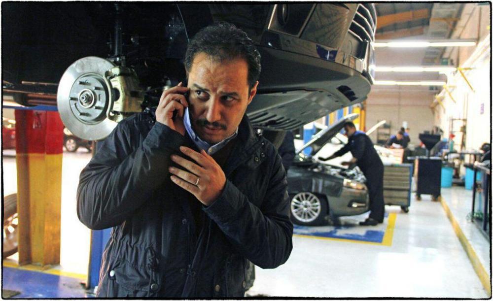 جواد عزتی در فیلم «اکسیدان»