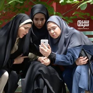 نیلوفر هوشمند، ستاره حسینی و بهار داورزنی در سریال «پردیس»