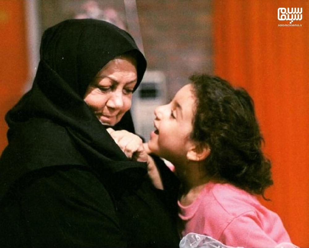 حمیده خیرآبادی و نیاز طارمی در فیلم «مریم و می تیل»