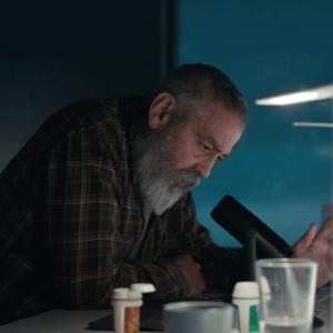 جرج کلونی در فیلم «آسمان نیمه شب» (The Midnight Sky)