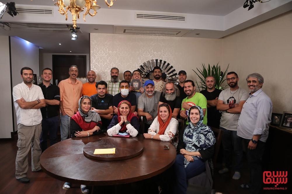 پشت صحنه ی شب چهارم رئالیتی شوی «شام ایرانی» به میزبانی امیرمهدی ژوله