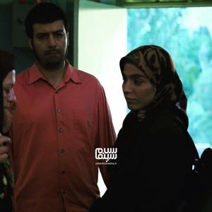 مجید واشقانی و محیا اسناوندی در اپیزود «نامه ی آخر» از سریال «روزهای بهتر»