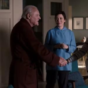 آنتونی هاپکینز و الیویا کلمن در نمایی از فیلم سینمایی «پدر» (The Father)