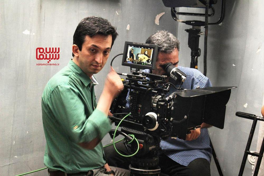 سیدجلال الدین دری در پشت صحنه فیلم «نرگس مست»