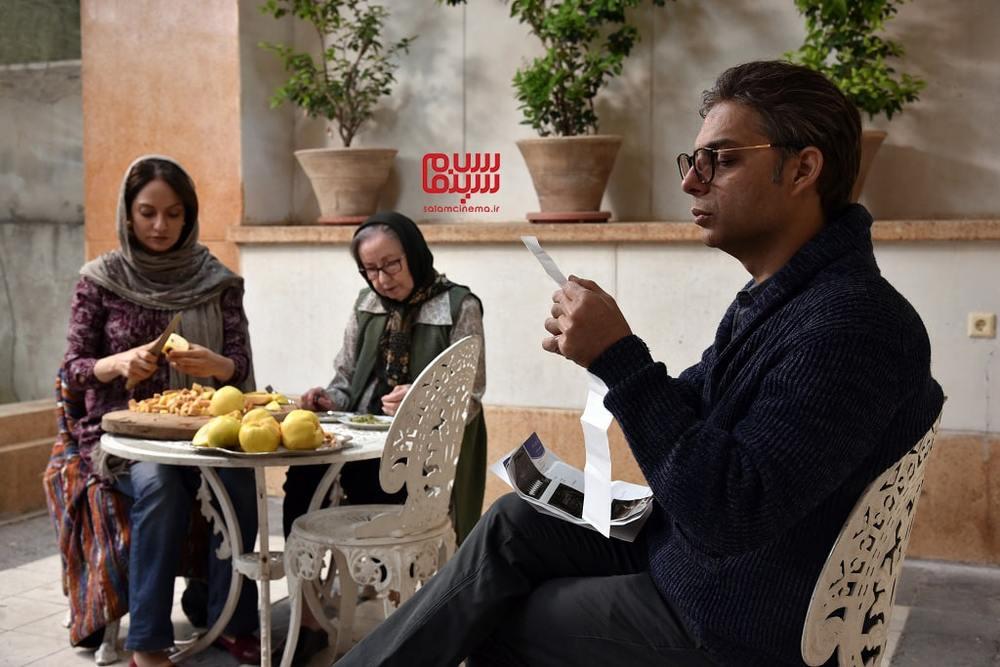 پیمان معادی، مهناز افشار و زهره عباسی در فیلم «ناگهان درخت»
