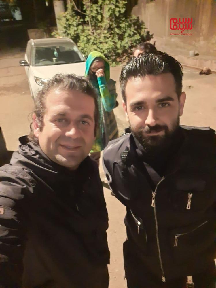 امیرحسین آرمان و امین سیدی در پشت صحنه سریال «میدان سرخ»