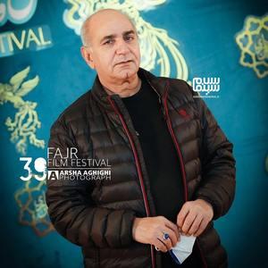 پرویز پرستویی در فتوکال فیلم «بی همه چیز» در سی و نهمین جشنواره فیلم فجر