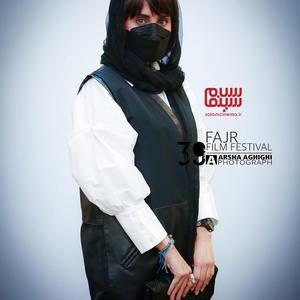 الناز شاکردوست در اکران فیلم «ابلق» در سی و نهمین جشنواره فیلم فجر