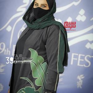 نرگس آبیار در فتوکال فیلم «ابلق» در سی و نهمین جشنواره فیلم فجر
