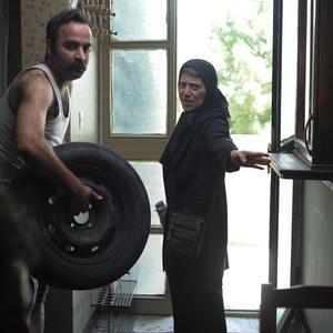 رویا افشاری نسب و امیر نوروزی در فیلم «مامان»