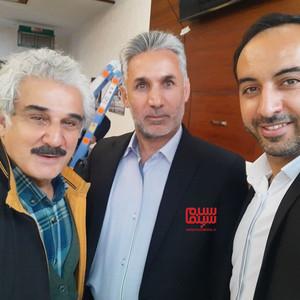 مهدی هاشمی و فرید محمدی در پشت صحنه سریال «کامیون»