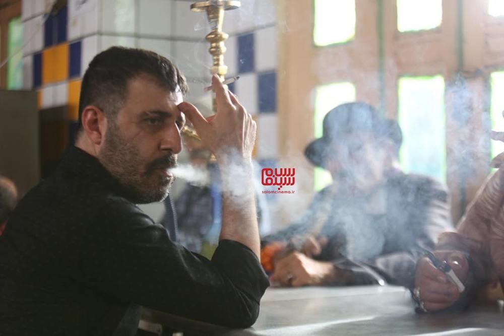 هومن حاجی عبدالهی در فیلم «لب خط»