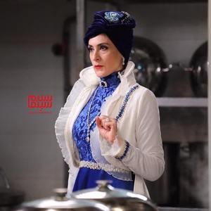 ویشکا آسایش در سریال نمایش خانگی «دراکولا»