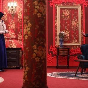 ویشکا آسایش و مهران مدیری در سریال نمایش خانگی «دراکولا»