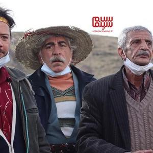 علی صادقی، سیروس میمنت و یدالله شادمانی در سریال «نون.خ - فصل 3»