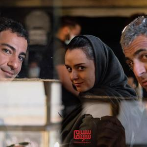 مانی حقیقی، نوید محمدزاده و ترانه علیدوستی در پشت صحنه فیلم «تفریق»