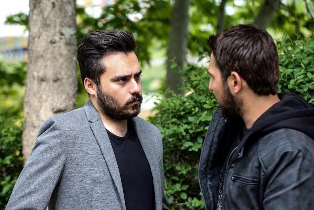 محمد حیدری و محمدرضا غفاری در سریال «دلدار»