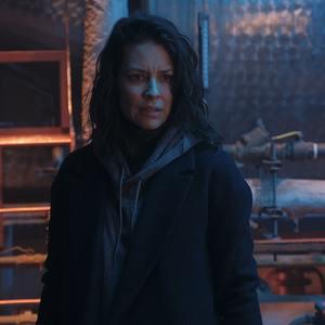 اوانجلین لی لی در فیلم سینمایی «بحران» (Crisis)