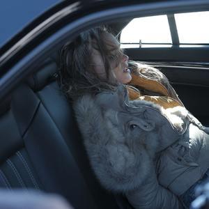 لیلی رز دپ در فیلم سینمایی «بحران» (Crisis)