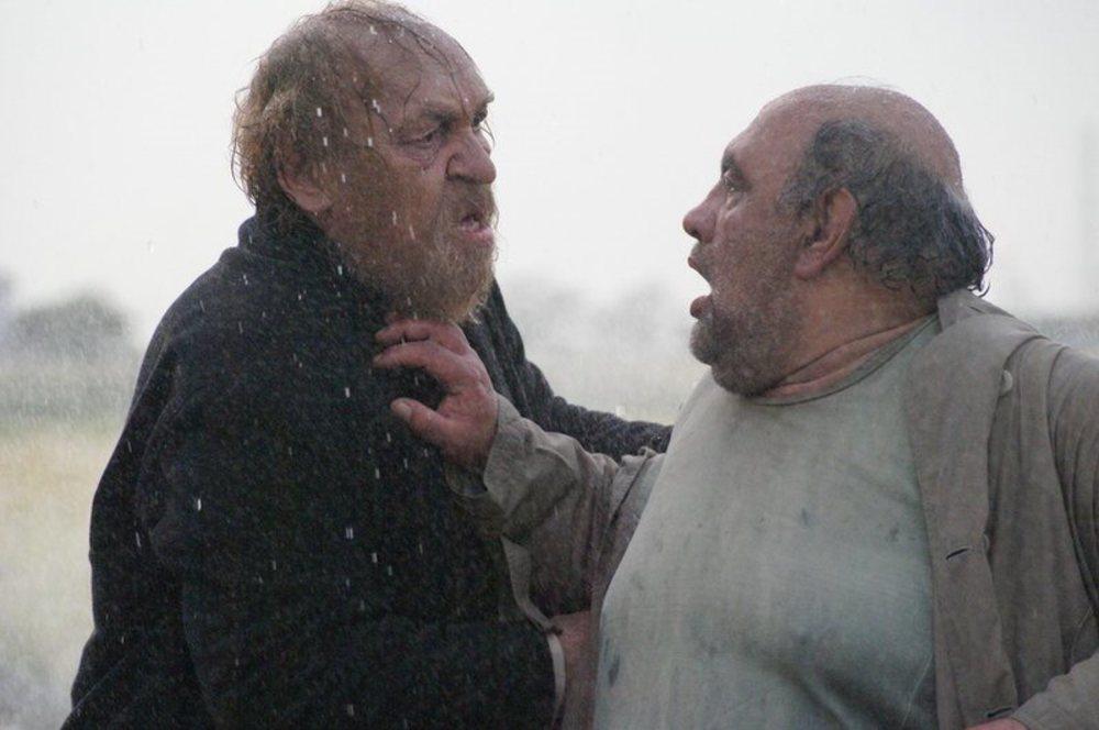 محمود نظرعلیان و لئون هفتوان در فیلم مردی که اسب شد