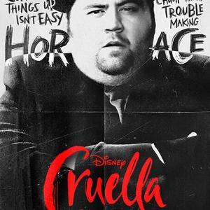 پل والتر هاوسر در پوستر فیلم «کروئلا» (Cruella)