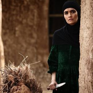 میترا حجار در فیلم «ماهورا»